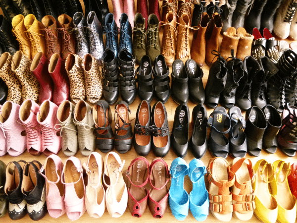 http://sluttygirlproblems.com/wp-content/uploads/2014/04/shoe-collection.png