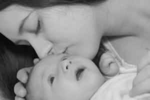 7 Ways New Moms Can Save Money