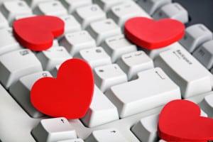How We Use Social Media for Sex & Romance