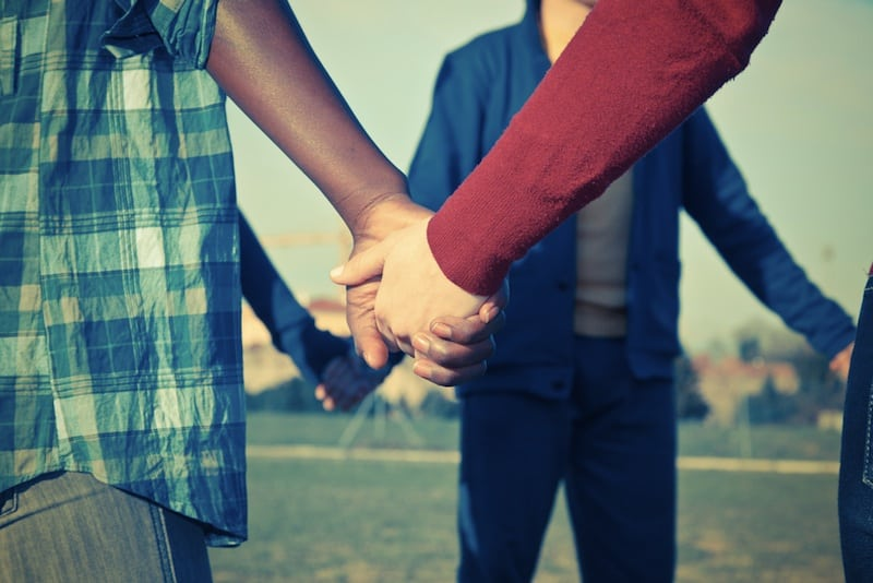 Open vs. Poly Relationships: Options to Share Your Love