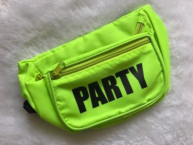 """Frat Toys """"Party"""" Fanny Pack Review"""