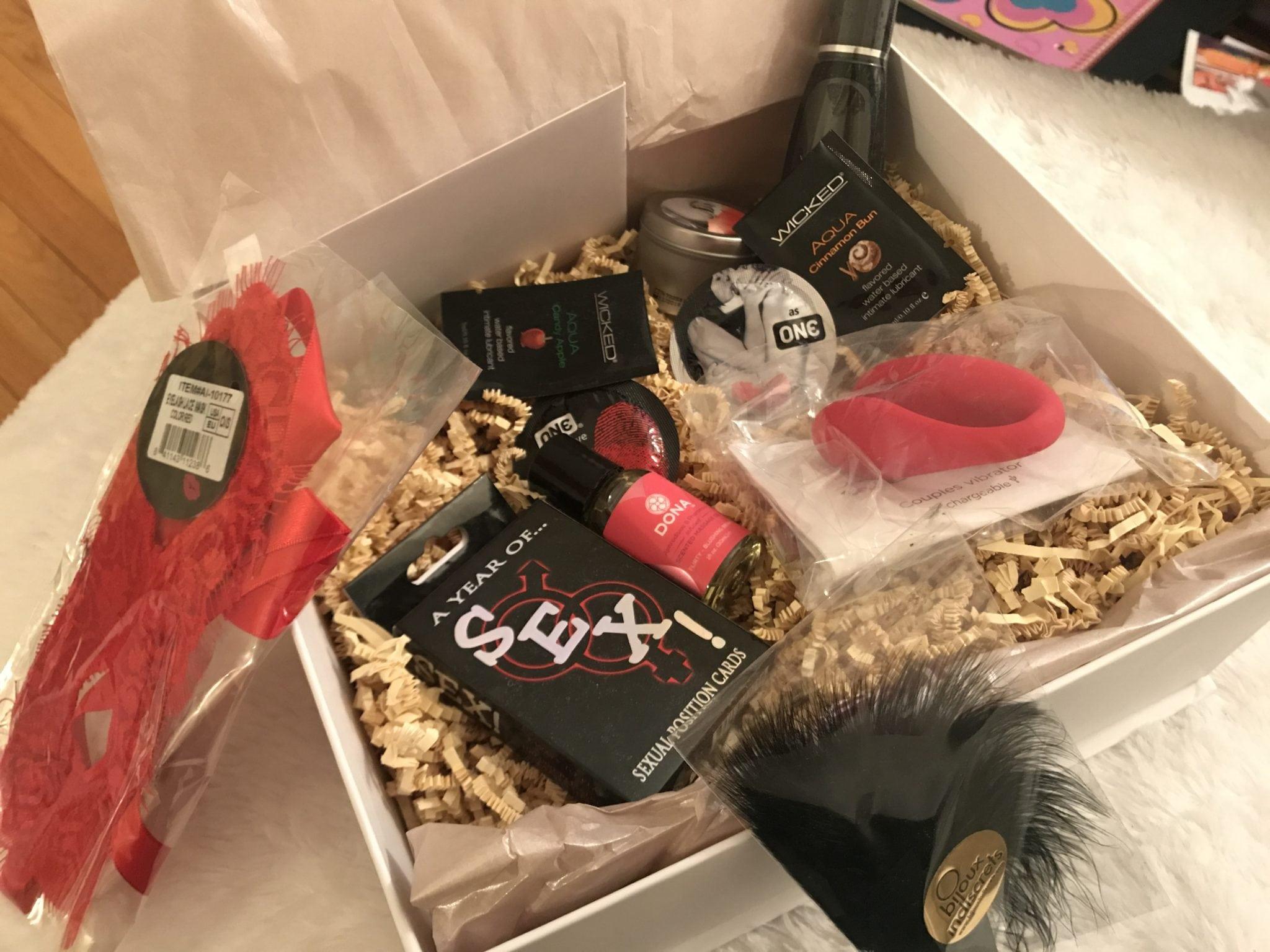 Ella Paradis UR Pleasure Gift Box Review